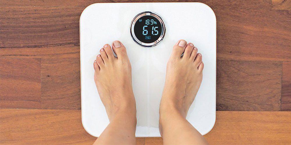 وزن کردن با ترازو های وزن کشی